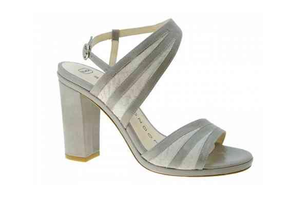Sapatos Sacha London